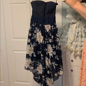Navy dress with flavors